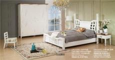 歐式家具顏色多為質樸