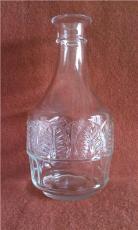 玻璃瓶生产厂家 买有大量的白酒瓶