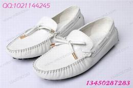 0448 真皮英伦LV休闲鞋 白色款驾车鞋