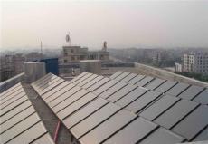 平板太陽能熱水器解決熱損耗過多