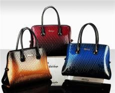 班卡奴時尚女包皮具專賣店加盟