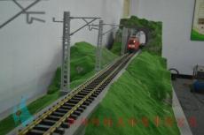 青海仿真圖片立交火車頭裝置